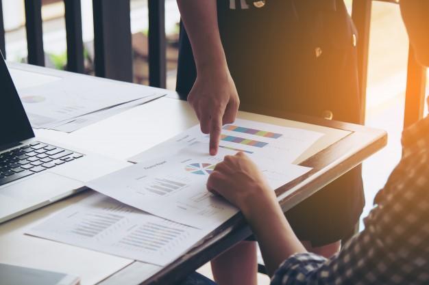 Conheça agora mesmo as principais diferenças entre os conceitos de lucratividade e rentabilidade e tire todas as suas dúvidas sobre o assunto!