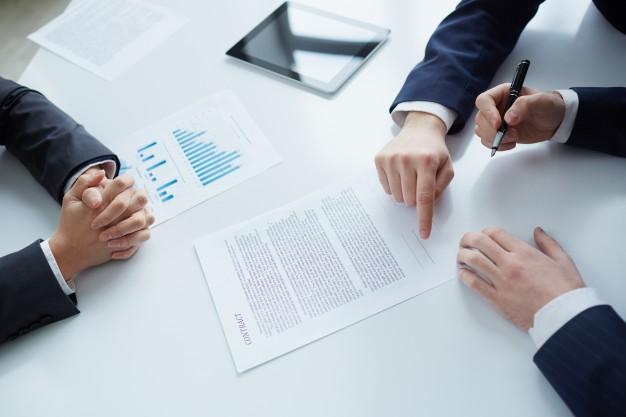 Elaboração de um planejamento tributário para uma empresa.